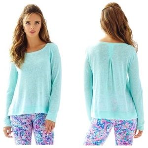 Lilly Pulitzer Women's Luxletic Bayberry Top Large
